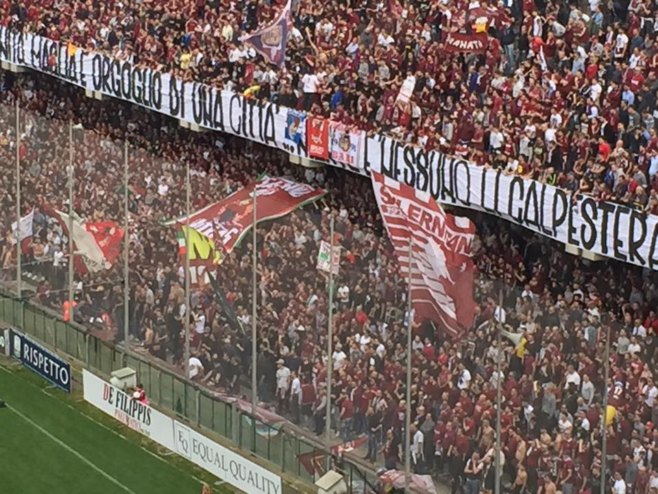 https://www.salernocitta.com/wp-content/uploads/2018/11/salernitana-2.jpg