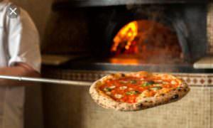https://www.salernocitta.com/wp-content/uploads/2019/01/pizza-e1547829020189.jpg