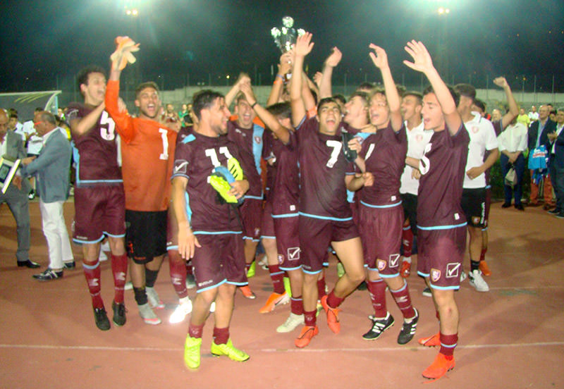 https://www.salernocitta.com/wp-content/uploads/2019/06/allievi_trofeodamico_salernitana2.jpg