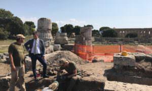 https://www.salernocitta.com/wp-content/uploads/2019/09/Paestum_area-archeologica-e1568735659642.jpg