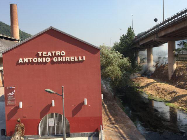 https://www.salernocitta.com/wp-content/uploads/2019/09/teatroghirelli-e1568288474574.jpg